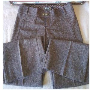 Beautiful Women's Guess Stretch Dress Pants